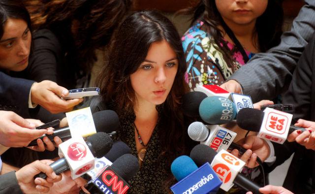 Έγκυος, αισιόδοξη και κομμουνίστρια η Καμίλα Βαγιέχο