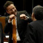 Σάκος του μποξ η κυβέρνηση Τσίπρα για ΕΕ και ΔΝΤ