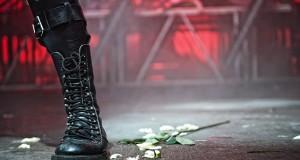 Τζον Πίλτζερ: «Iστορική προδοσία» η στάση του ΣΥΡΙΖΑ