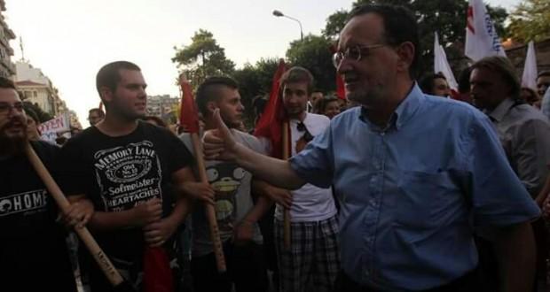 ΑΡΑΣ: ιστορική ευθύνη της ΑΝΤΑΡΣΥΑ για αποκλεισμό της ΛΑΕ από Βουλή