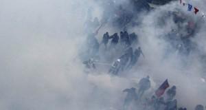 Κωνσταντινούπολη: κηδεία στη -χημική- ομίχλη (βίντεο)
