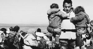 Η συνεργασία της PJ Harvey για τα προσφυγόπουλα στο Λίβανο