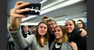 Οι νέοι ψήφισαν Μελανσόν