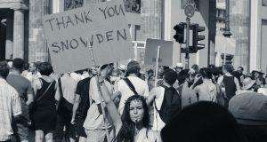 Σνόουντεν: Ο λαός να πάρει το μέλλον στα χέρια του