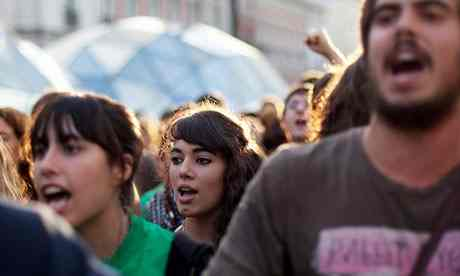 Αιτήματα για αυξήσεις ραγίζουν τη συναίνεση στην Ισπανία